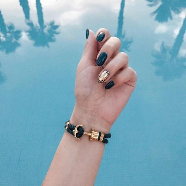 Anchor black gold